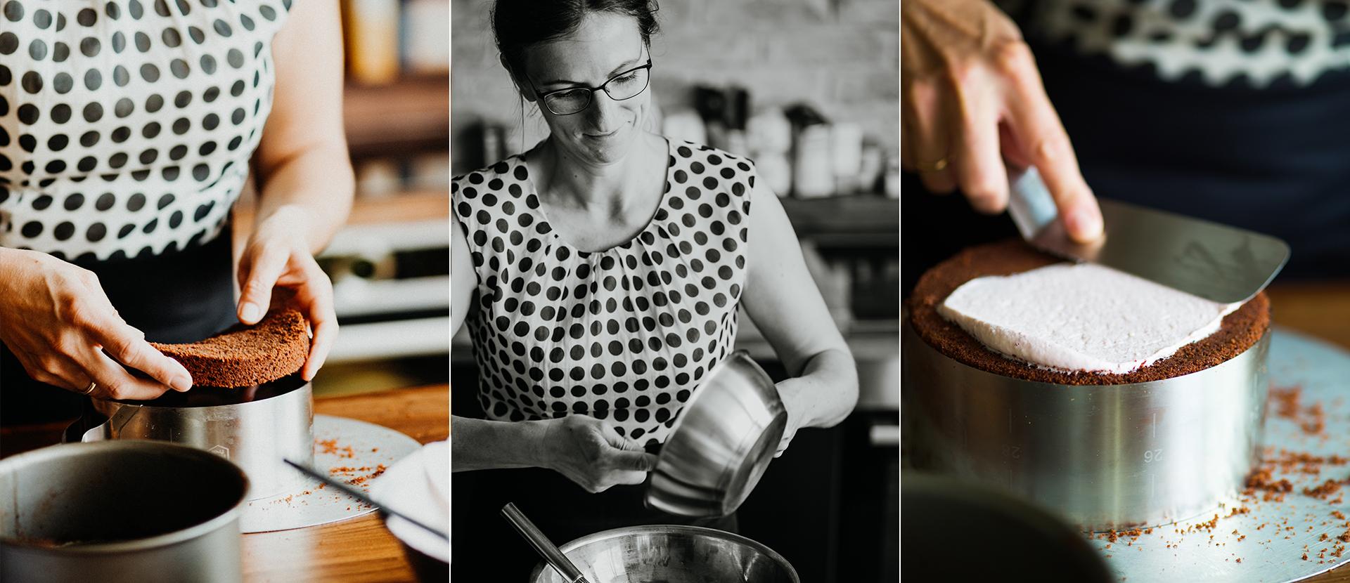 Frau schichtet Kuchen mit Hilfe eines Kuchenrings. Foodstyling Muenchen